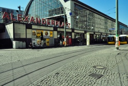 Stille am Alexanderplatz